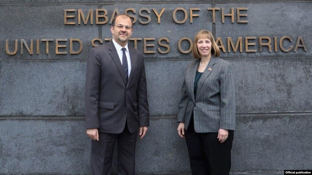 Новоназначенный посол США в Армении Линн Трейси прибыла в Ереван