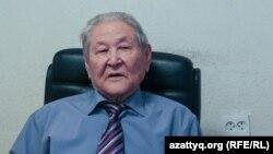 Саясаткер Серікболсын Әбділдин. Алматы, 19 қазан 2016 жыл.