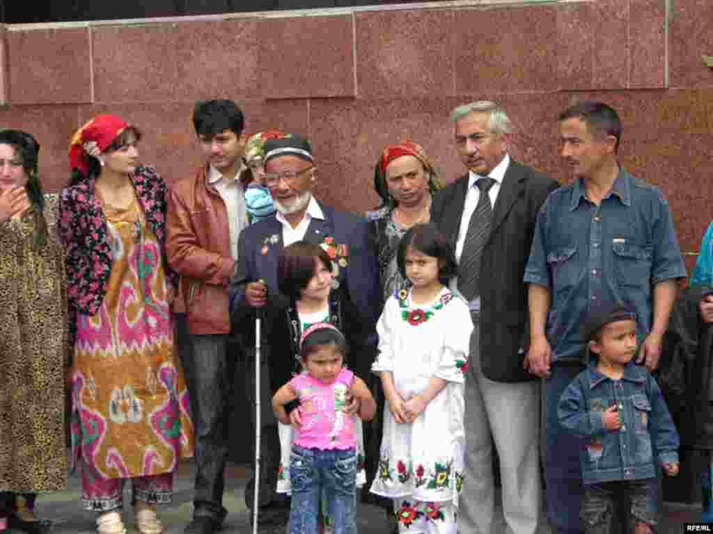 День Перемоги у Таджикістані - Victory Day in Tajikistan, 09May2009
