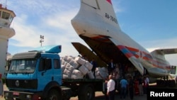 Российский грузовой самолет в аэропорту Латакии, Сирия, 2013 год. Иллюстративное фото.