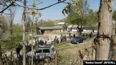 Students Pass Out, Tajik Officials Blame 'Faintheartedness'