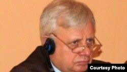 Вячеслав Калюжный, руководитель национального центра по правам человека в Казахстане.