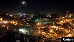 Демонстрация на площади Тахрир в Каире 25 января 2012 - в годовщину начала начала народных выступлений в Египте