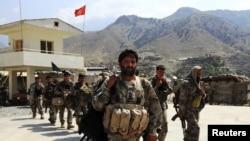 په کونړ کې افغان سرحدي سربازان