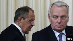 Kryediplomati rus, Sergei Lavrov dhe homologu francez, Jean Marc Ayrault, pas konferencës me gazetarë të 6 tetorit 2016