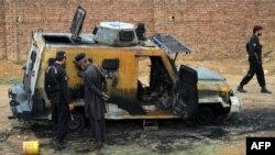 د اکتوبر پر ۱۵ هم پر پېښور پولیسو د اورپکو طالبانو په برید کې ګڼه مرګ ژوبله اوښې وه