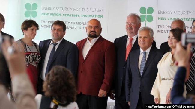 Частина української делегації разом з Миколою Злочевським на Міжнародному форумі з енергетичної безпеки майбутнього у Монте-Карло