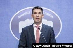 Dragoș Tudorache a condus ministerul de Interne 4 luni, 2016-2017.