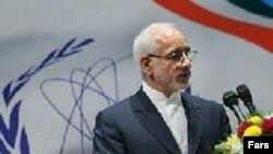 آقای آقازاده می گوید که ایران حتی در پرداخت های مالی خود جلوتر از کار پیمانکار بوده است.