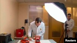"""Эксперты изучают """"черные ящики"""" самолета """"Фалькон"""", разбившегося в аэропорту Внуково"""