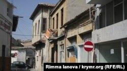 Заброшенные дома греков-киприотов на части Северного Кипра