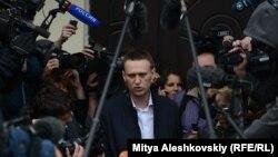 Ресейлік блогер және сыбайлас жемқорлықпен күресуші Алексей Навальный. Киров, 17 сәуір 2013 жыл.