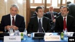 Прямые переговоры Белграда и Приштины не привели к сближения позиций сторон