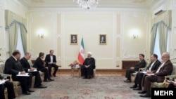 Встреча президента Ирана Хассана Роухани с министром иностранных дел Туркменистана Решидом Мередовым, Тегеран, 14 мая, 2018