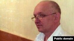 Лидер оппозиционной партии «Алга» Владимир Козлов на скамье подсудимых.