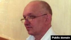 """Тіркелмеген """"Алға"""" партиясының жетекшісі Владимир Козлов. Ақтау, 13 қыркүйек 2012 жыл. Сурет Twitter-ден алынды."""