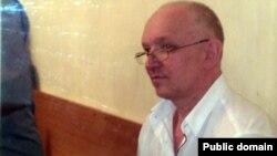 """Владимир Козлов, лидер оппозиционной партии """"Алга"""". Актау, 13 сентября 2012 года."""