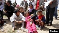 Pamje të pjesëtarëve Jazidi që janë liruar nga IS-i