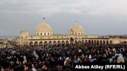 Ашура - церемония поминовения Имама Гусейна в Нардаране. Поселок Нардаран биз Баку - один из центров консервативного шиитского ислама в Азербайджане, 25 ноября 2012