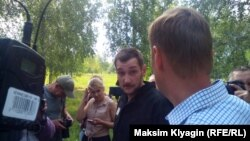 Олег Навальный сразу после выхода из колонии