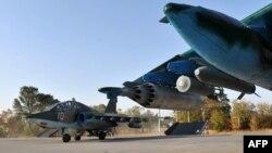 Кант әуе базасында тұрған Ресей әскери ұшақтары (Көрнекі сурет).