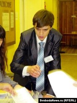 Председатель избирательной комиссии №1704 Алексей Миняев