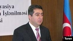 İqtisadi Təşəbbüslərə Yardım Mərkəzinin rəhbəri Qubad İbadoğlu