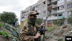 Проросійський бойовик на Луганщині, архівне фото