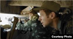 Кадри із фільму «Переломний момент: Війна за демократію в Україні»