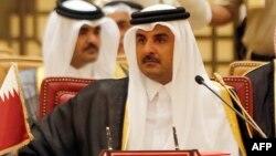 Катар әмірі шейх Тамим бин Хамад әл-Тани Парсы шығанағы елдерінің саммитінде. Манама, 6 желтоқсан 2016 жыл.