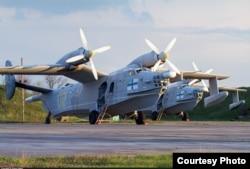 Літаки Бе-12 10-ї бригади морської авіації ЗСУ на військовому аеродромі «Кульбакине», місто Миколаїв