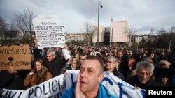 Pamje nga protestat e sotme në Sarajevë