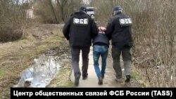 Акбар Азимовнинг Подмосковьеда ҳибсга олиниши жараёни