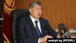 Алмазбек Атамбаев дает интервью Радио Азаттык. 30 декабря 2010 года.