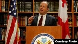 Зампомощника госсекретаря США Эрик Рубин расточает похвалы в адрес Грузии