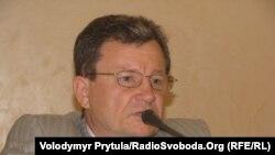Голова Постійної комісії з питань освіти Верховної Ради АРК Валерій Косарєв