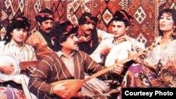 فرقة كوما زوزان التراثية الكردية