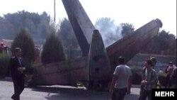 Місце катастрофи літака «Іран-140» побіля Тегерана, 10 серпня 2014