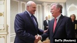 Лукашенко и Болтон во Минск