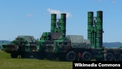 Зенитно-ракетные комплексы С-300. Иллюстративное фото.