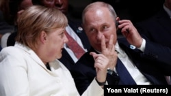 Velika zabrinutost: Angela Merkel i Vladimir Putin