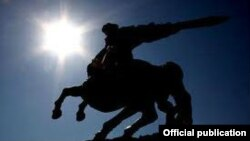 «Սասունցի Դավիթ» արձանը, որի ստեղծման պատմությանն է նվիրված լինելու Երվանդ Քոչարին նվիրված լիամետրաժ ֆիլմը: