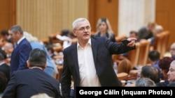Liviu Dragnea, în plenul Parlamentului.