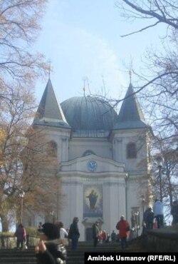 Ыйык Гостин чиркөөсү. 6-ноябрь 2011