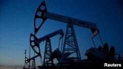 Власти считают, что американский конгрессмен является лоббистом американской компании Frontera, добывающей газ и нефть в одном из регионов Грузии