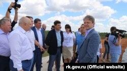 Міністр сільського господарства Росії Олександр Ткачов у Криму, 8 липня 2016 року