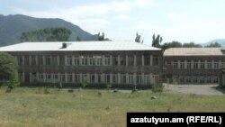 Լոռու մարզի Աքորի գյուղի դպրոցը, արխիվ