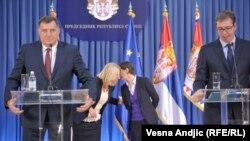 Mnoštvo upitnika oko Deklaracije: Milorad Dodik i Aleksandar Vučić
