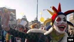 Күлкі күнгі көңілді шеру. Киев, 1 сәуір 2009 жыл.
