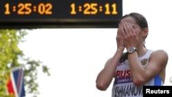 Елена Лашманова - олимпийская чемпионка в спортивной ходьбе на Играх в Лондоне 2012 г